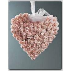 Καρδια τριανταφυλλα
